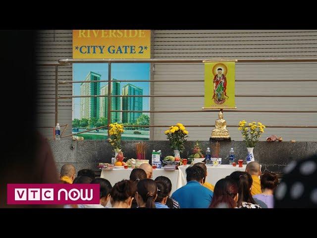 Dân chung cư Carina cầu siêu cho nạn nhân vụ cháy | VTC1