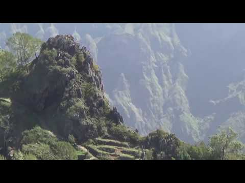 CAP VERT: Santo Antão, Ponta do Sol: Film de Raymond GRELET.