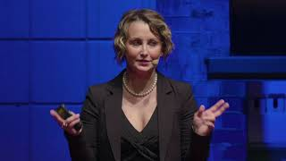 How cancer saved my life – Why crisis is an opportunity | Giulia Muntoni | TEDxHHL