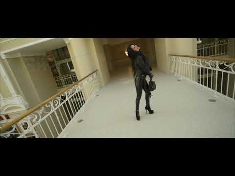 Bubble Butt Leggings and high Heel boots in shopping center from YouTube · Duration:  1 minutes 4 seconds