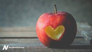 Jsou jablka nejlepší potravinou pro zlepšení sexuálního života žen?