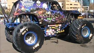 Monster Jam San Diego Petco Park Pits 1-17-2015