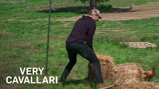 Can Jay Cutler Catch a Chicken? | Very Cavallari | E!