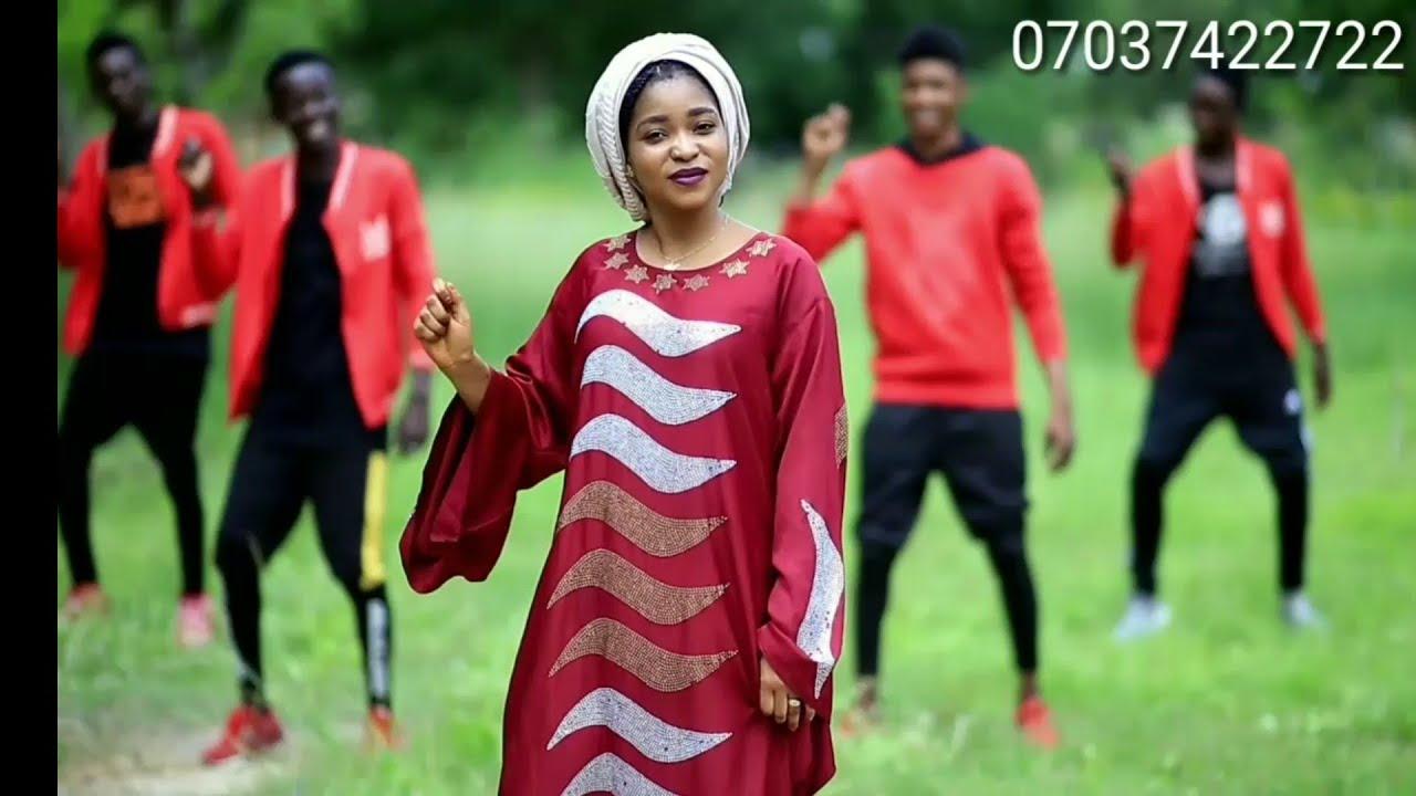 Download So Dare Daya - Hausa Song Latest Video Ft. Dj Kachacha and Ummi Karama