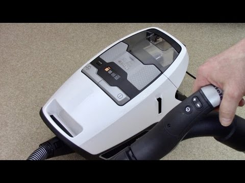 Miele Blizzard CX1 Bagless Vacuum Cleaner Demonstration & Review