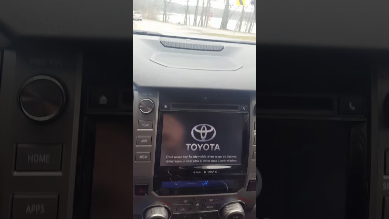2017 Toyota Tundra Radio Problem