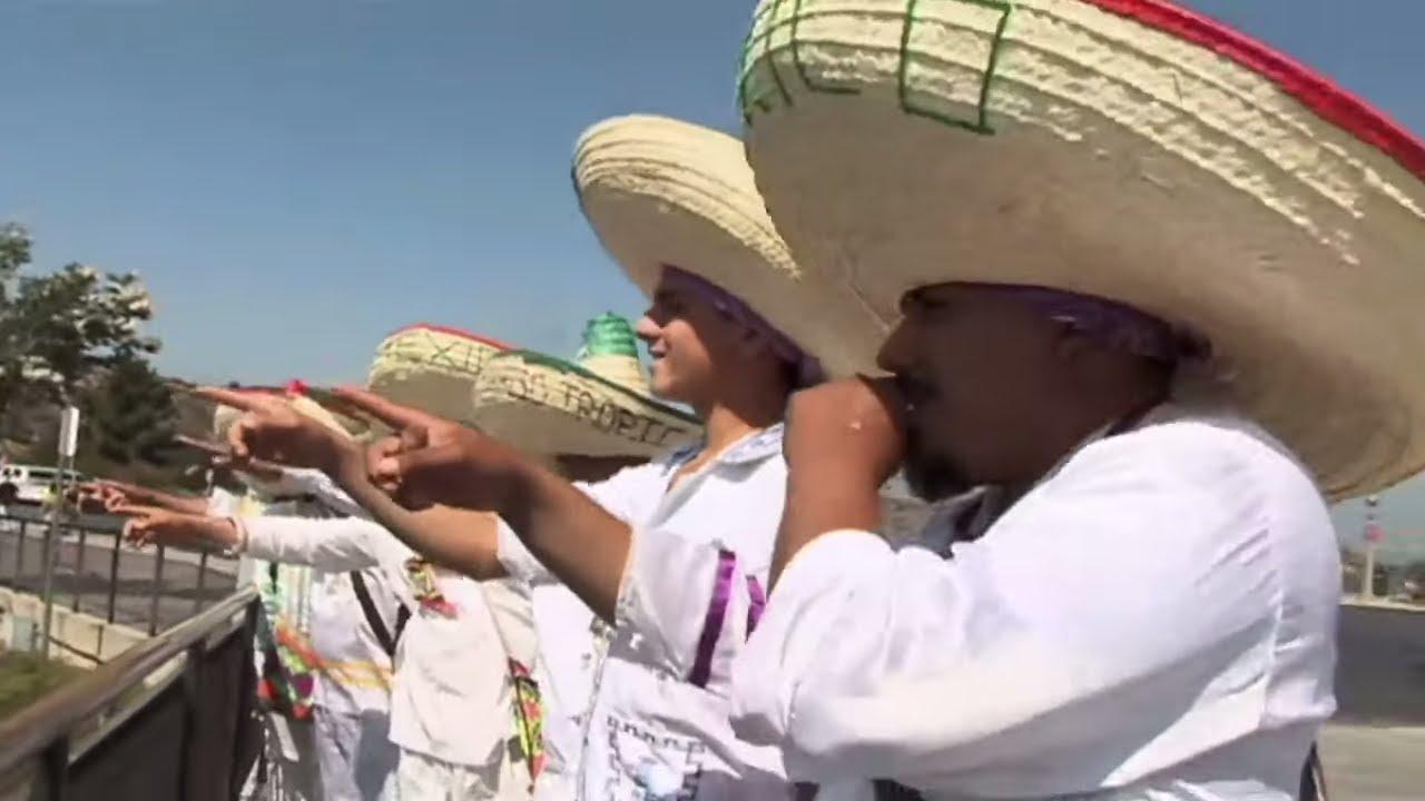 Banda Show Paraiso Tropical de Durango - El Lechero del Rancho [Video Oficial]