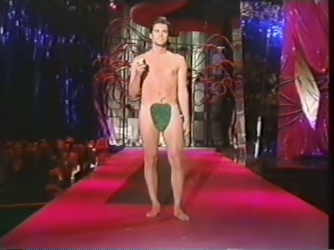 Thumbnail: Jim Carrey at the VH1 Fashion Awards 1997
