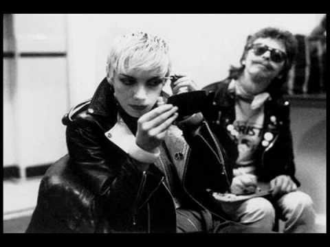 Eurythmics All The Young ( People Of Today ) 1981 Youtube