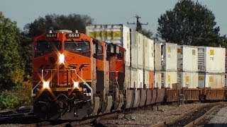 Amazing variety of BNSF Amtrak and Metrolink trains in Fullerton, CA 12/15/13