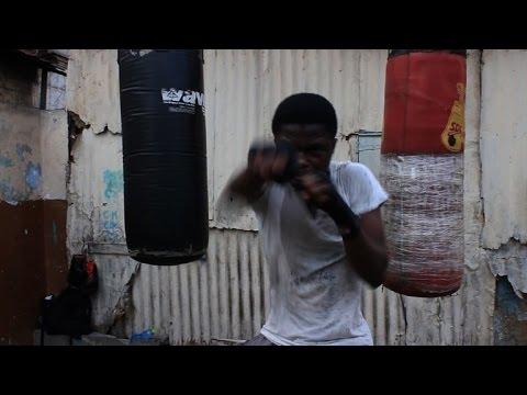 Ghana: un quartier d'Accra où la boxe est une question de survie