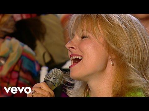 Janet Paschal - El Shaddai [Live]