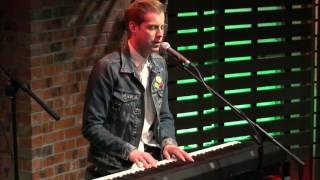 Andrew McMahon In The Wilderness - Fire Escape [Live In The Sound Lounge]