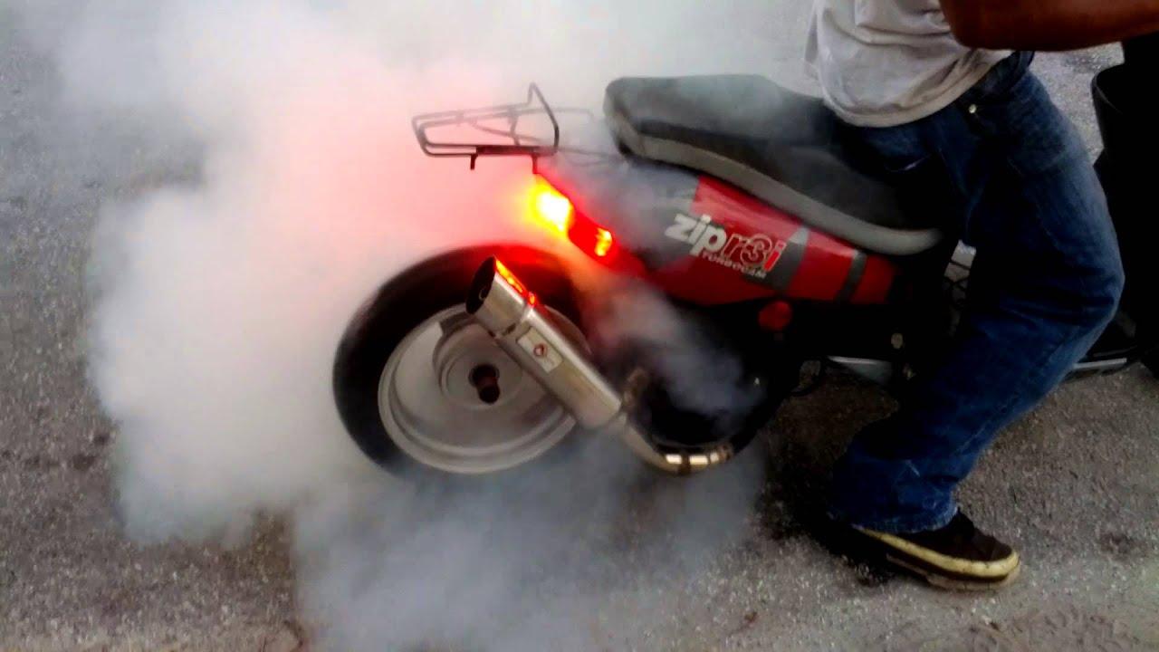 vento zip r3i extended 150cc scooter burnout youtube. Black Bedroom Furniture Sets. Home Design Ideas