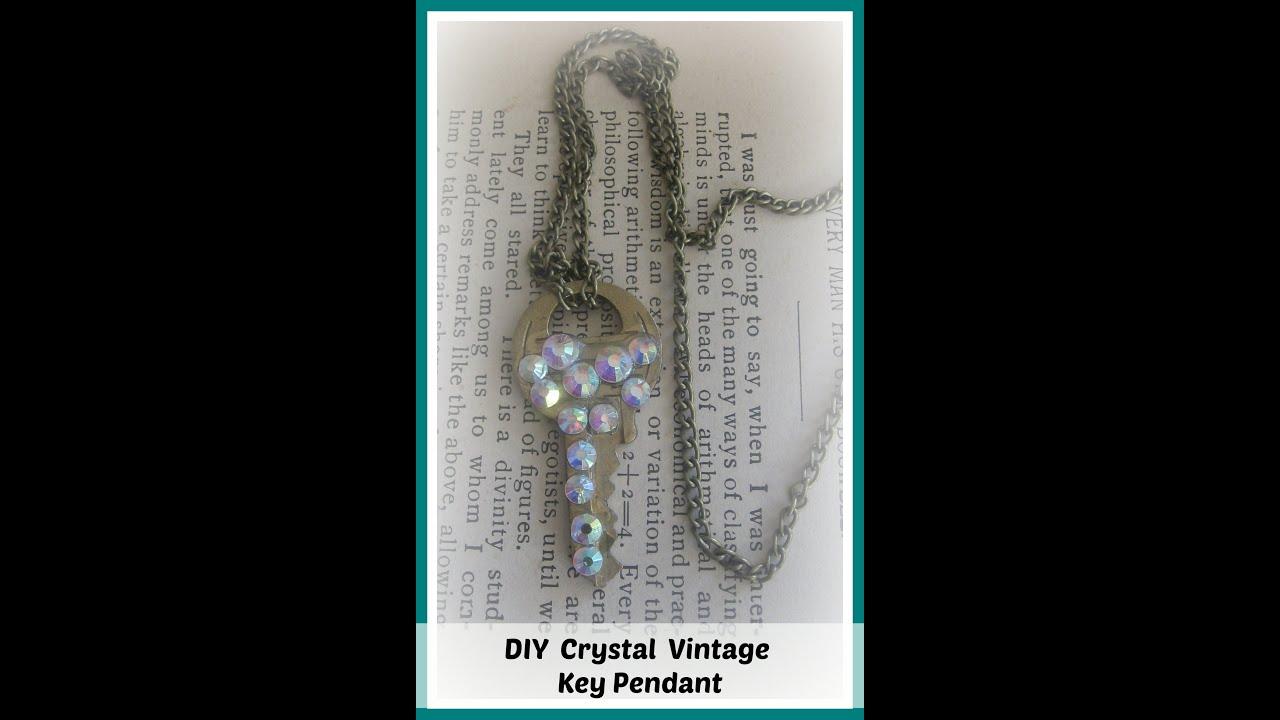 DIY Rhinestone Vintage Key Pendant Necklace/ DIY Key Necklace/ How ...