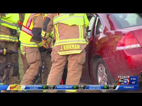Woman Hospitalized After West Des Moines Car Crash