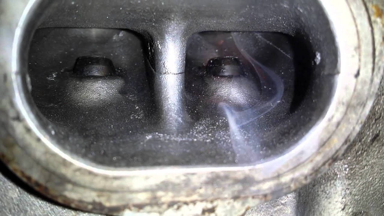 Free Flow Exhaust >> Exhaust Port before and after polishing - Gasses passing illustration - YouTube