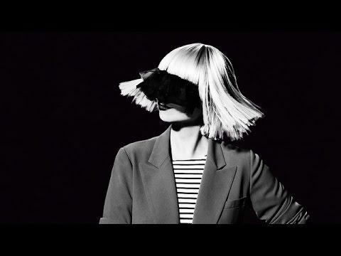 Sia - Chandelier (Piano & String Ballad Karaoke) - YouTube