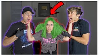 DYING MY SISTERS HAIR WHILE SHE'S ASLEEP PRANK!!