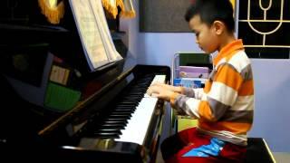 Kìa con bướm vàng piano Cao Cường