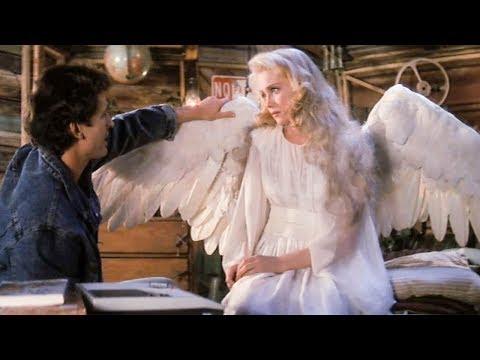 【穷电影】男子捡到一个折翼的天使,不过这个天使有一个怪嗜好,让他很尴尬