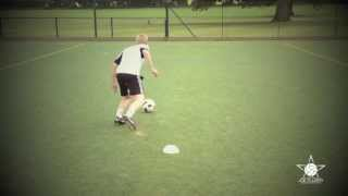 How to do the Inside & Outside Cut Turn - Football Soccer Move Tutorial
