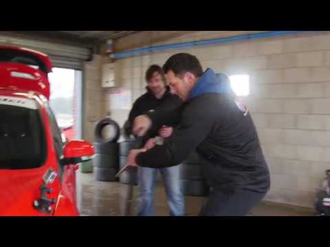 Mark Smith vs Paul Sculthorpe - #MotorpointBigMatch Challenge 1: The Pit Stop