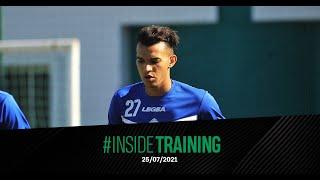 كواليس الحصة التدريبية ليوم الأحد استعدادا للمباراة المقبلة أمام المغرب الفاسي