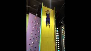 Video Hannah on the vertical slide. download MP3, 3GP, MP4, WEBM, AVI, FLV Oktober 2018