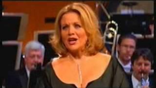 Renee Fleming sings Richard Strauss: Cäcilie