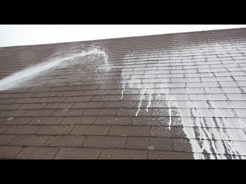 cleaning a roof with oxygen bleach