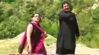 Pashto new 2013 song of Raees bacha Meena jaware d