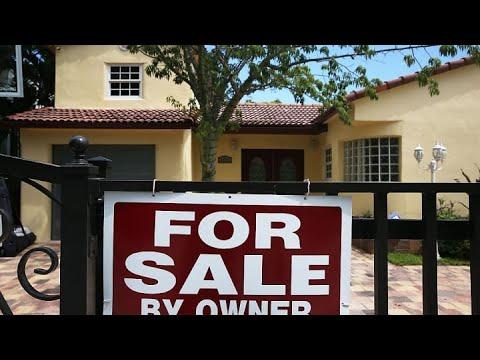 mortgage-refinance-apps-surge-as-interest-rates-drop-on-coronavirus-fears