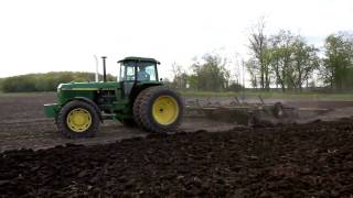 John Deere 4555 with 24ft dual wing Disk Spring 09 HD