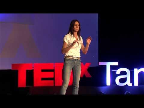 Inspirando a nuestro héroe dormido | Alejandra Ciapa | TEDxTandil
