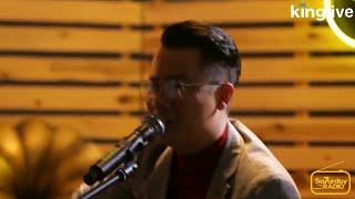 Hoàng Bách hát lại 'hit đỉnh' Chuyện Chàng Cô Đơn