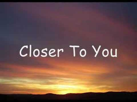 DIXIE CHICKS - COWBOY TAKE ME AWAY (Lyrics)