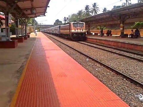 RPM WAP4 Kannur - Trivandrum Jan Shatabdi skips Tiruvalla