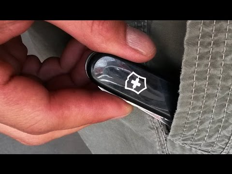 "VICTORINOX ""compact"" BEST POCKET KNIFE for urban EDC"