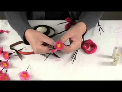 Cách làm hoa đào bằng vải voan
