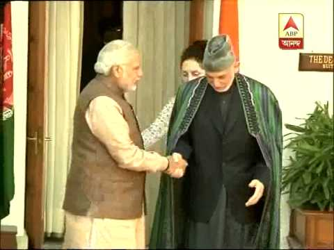 Prime Minister Modi meets with Afghanistan president Karzai