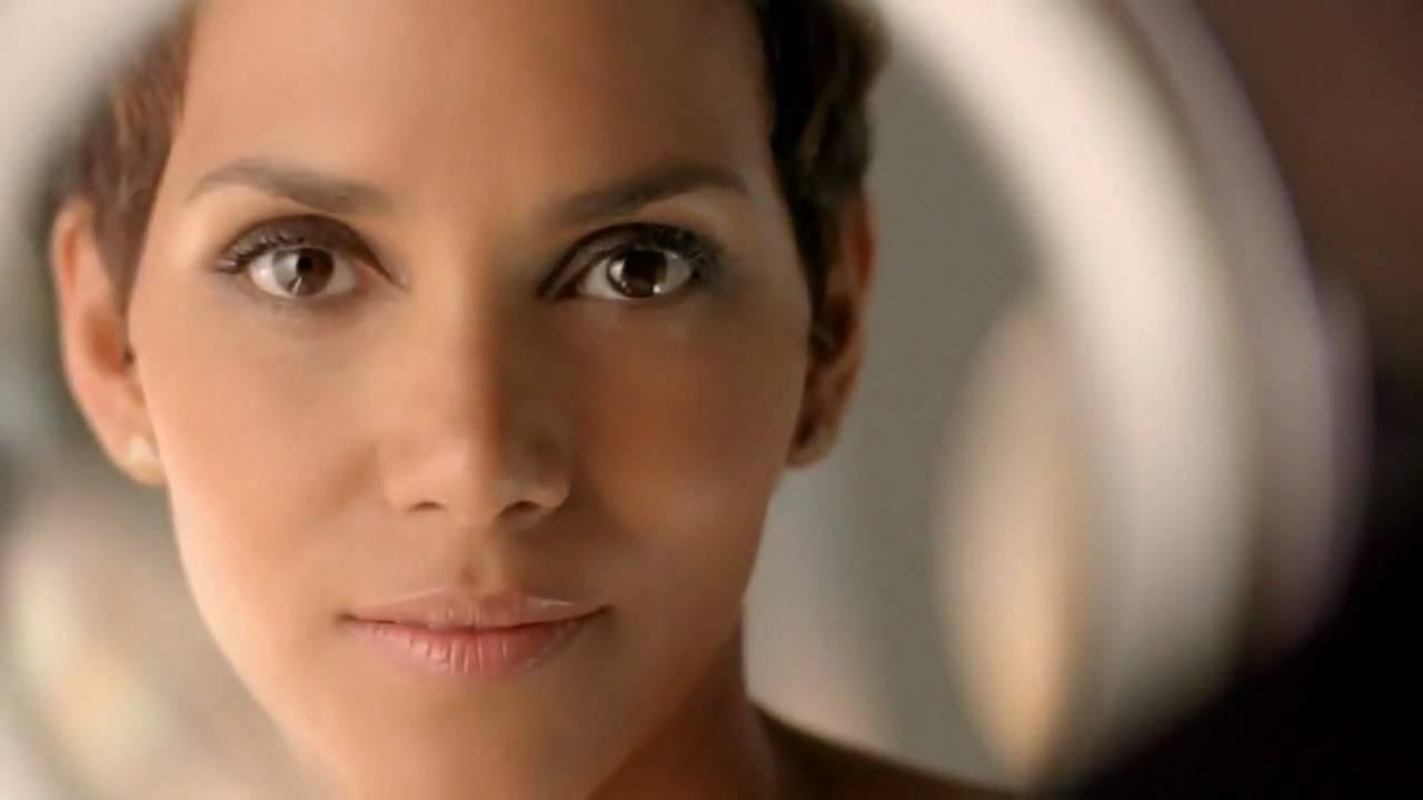 Halle Berry Revlon Commercial.flv - YouTube