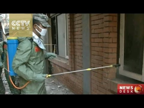 China's chemical corps help disinfect Kathmandu after the quake
