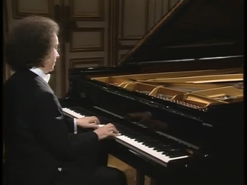 Cyprien Katsaris - Chopin: Valse Brillante Op. 34, No. 2 In A Minor