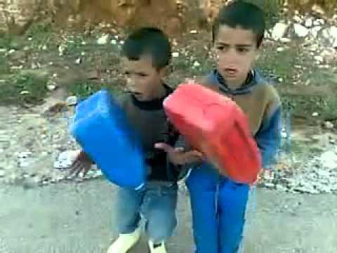الفقر بالمغرب رقص اطفال فقراء thumbnail