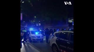 西班牙民众鼓掌致谢医护人员 警车街头鸣笛