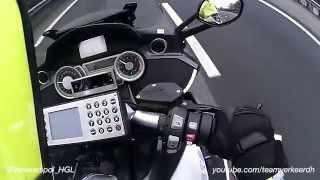 Spitser glijdend transport met onderling mobilofoonverkeer