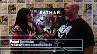 [SDCC17] Paget Brewster tells us about being Poison Ivy in Batman and Harley Quinn