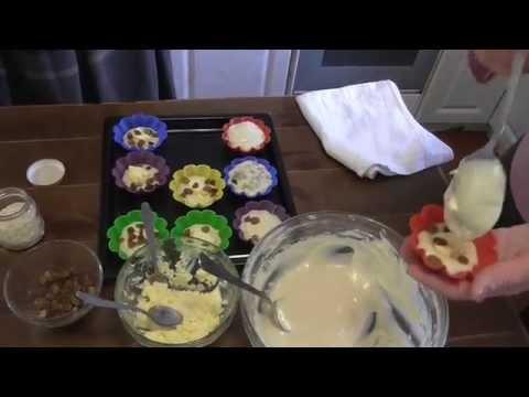 Кекс на сметане с творожной начинкой. Видео рецепт.