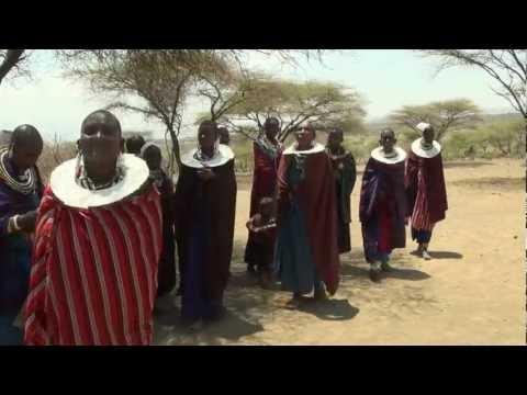 Bei den Massai in der Serengeti